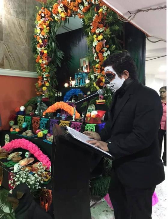 Altar del día del muertos en la Sección 38